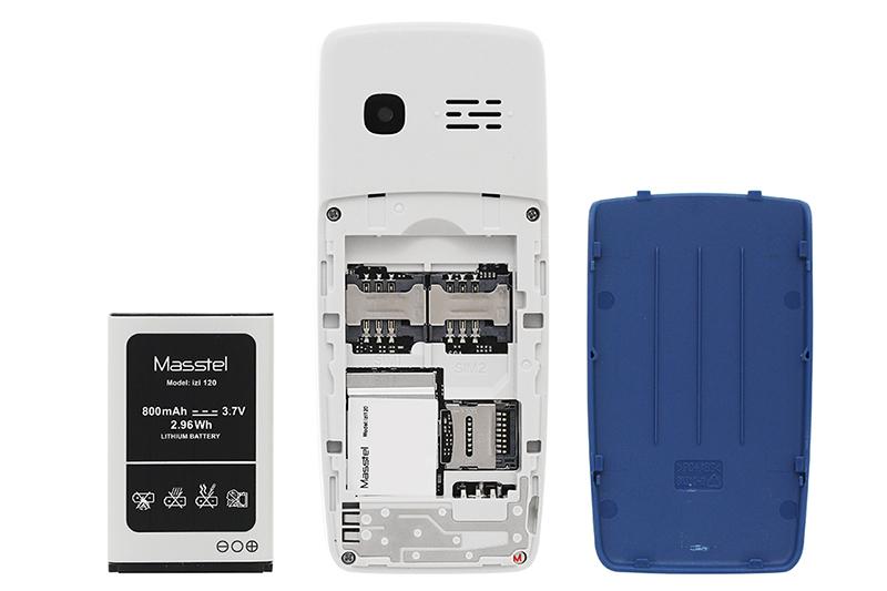 Masstel Izi 120   Hỗ trợ 2 sim cùng thẻ nhớ Micro SD