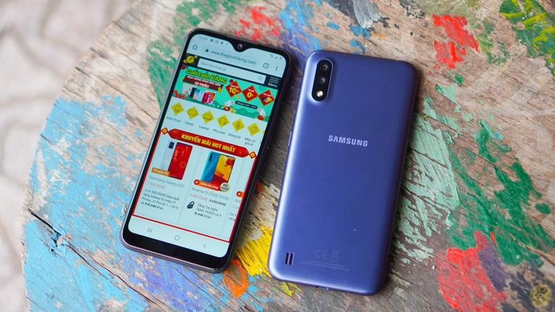 Điện thoại Samsung Galaxy A01 | Thiết kế hiện đại, tinh tế
