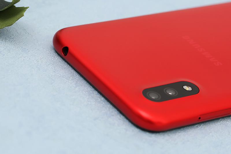 Điện thoại Samsung Galaxy A01 | Camera kép hỗ trợ xóa phông ảo diệu
