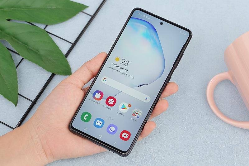 Điện thoại Samsung Galaxy Note 10 Lite | Màn hình Infinity-O thời thượng