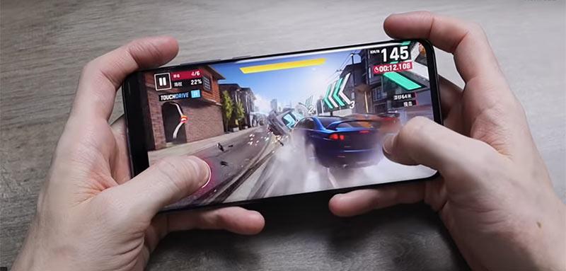 Xiaomi Mi 10 | Chơi game mượt mà