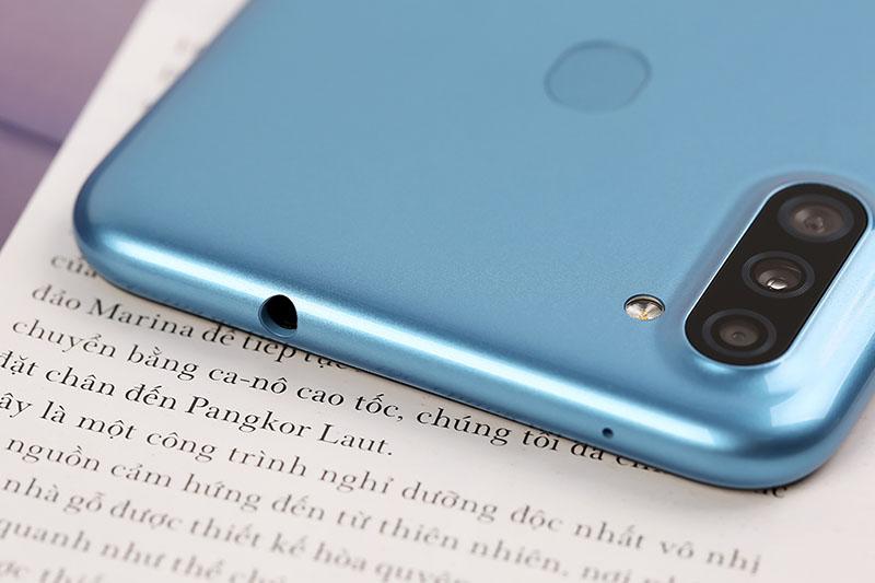 Galaxy A11 vẫn giữ jack tai nghe 3.5 mm