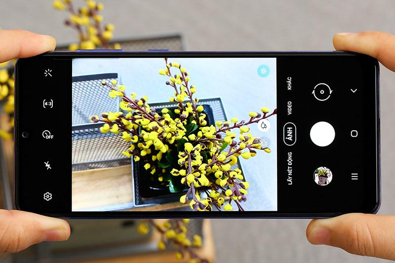 Giao diện camra trên điện thoại Samsung Galaxy A31