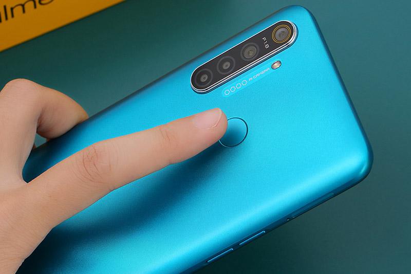 Điện thoại Realme 5i Cảm biến vân tay 1 chạm
