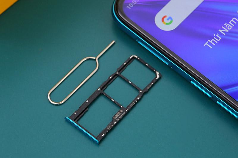 Điện thoại Realme 5i | Hỗ trợ 2 sim cung thẻ nhớ ngoài lên đến 256 GB