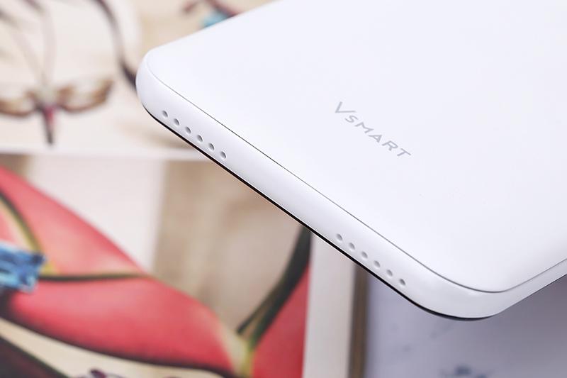 Điện thoại Vsmart Bee 3 dung lượng pin 3000 mAh