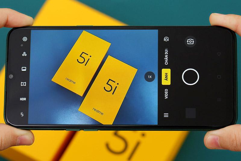 Điện thoại Realme 5i | Giao diện chụp ảnh