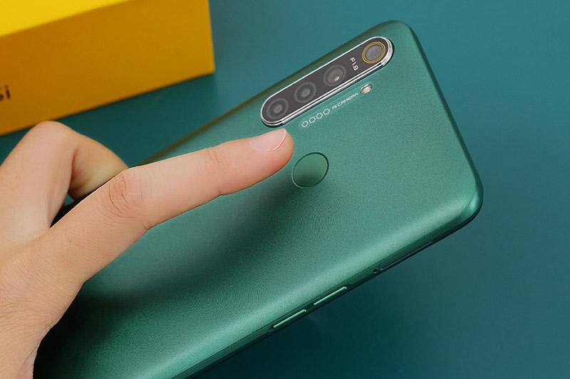 Điện thoại Realme 5i | Cảm biến vân tay 1 chạm