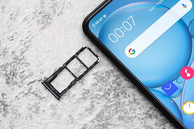 Điện thoại Vivo V19 | Khe đựng SIM
