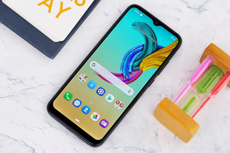 Màn hình sắc nét trên điện thoại Vsmart Joy 3
