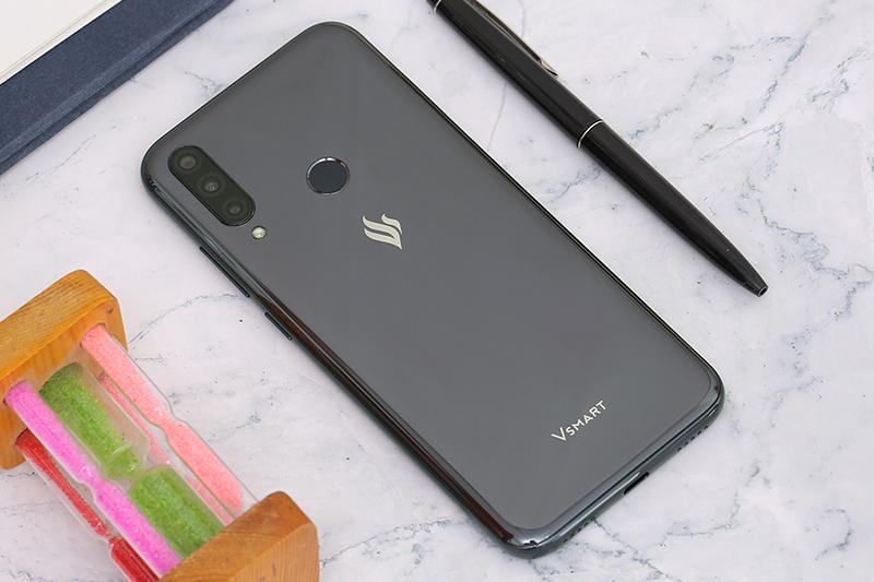 Thiết kế hiện đại, thời trang trên điện thoại Vsmart Joy 3