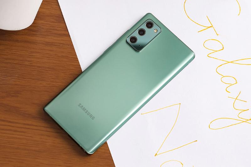 Thiết kế mặt lưng nhám sang trọng - Samsung Galaxy Note 20
