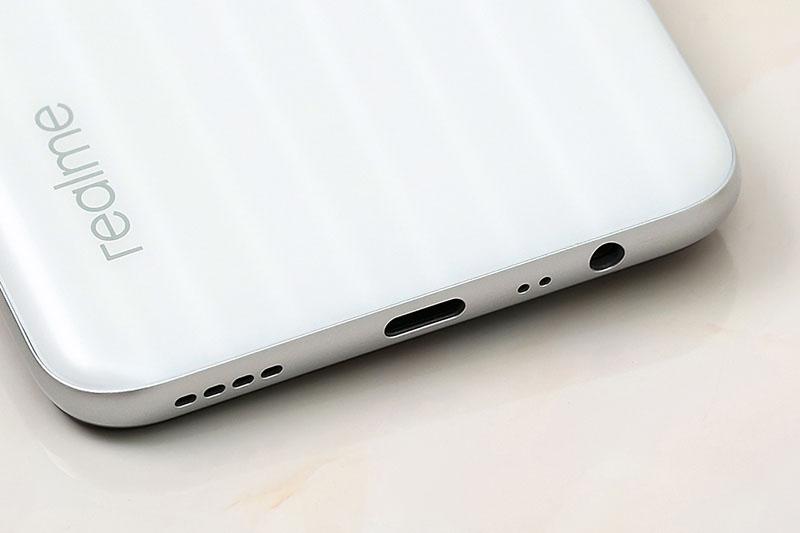 Điện thoại Realme 6i | Dung lượng pin khủng