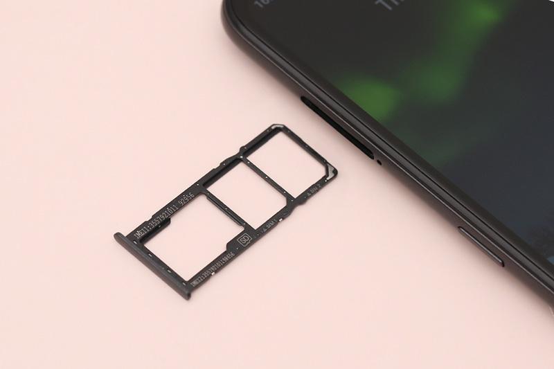 Điện thoại Nokia 5.3 thiết kế khay sim kép