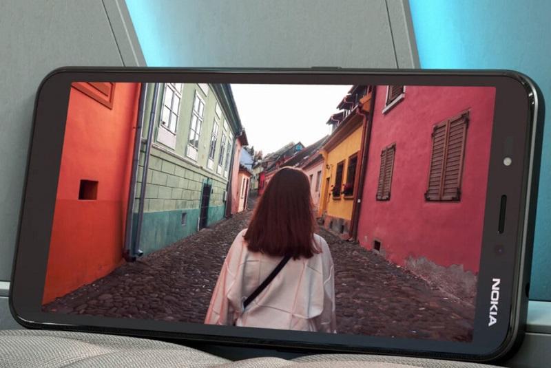 Màn hình trên điện thoại Nokia C2 lớn hơn hiển thị nhiều nội dung hơn