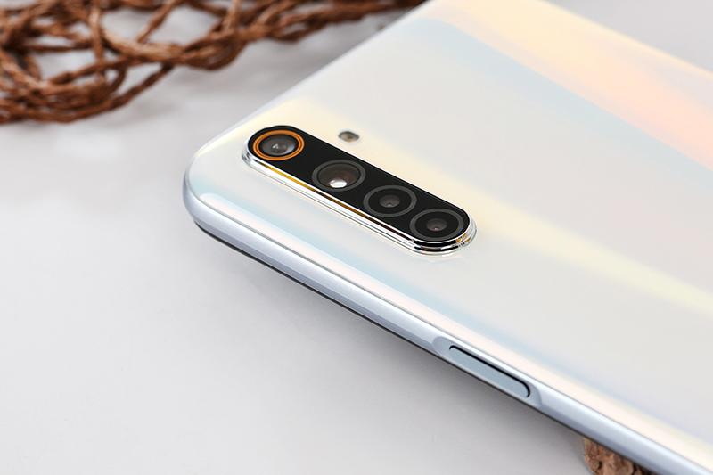 Cận cảnh camera điện thoại Realme 6 8GB