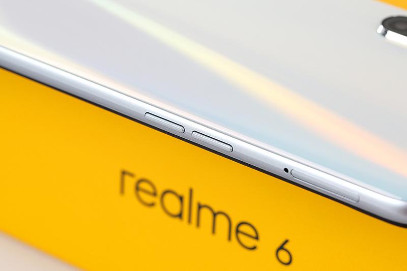 Viện cạnh phải điện thoại Realme 6 8GB