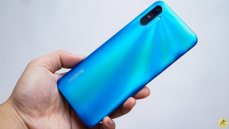 Điện thoại Realme C3i | Thiết kế nguyên khối chắc chắn