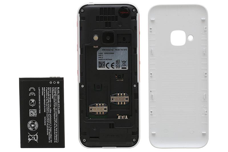 Thiết kế pin rời trên điện thoại Nokia 5310 (2020)