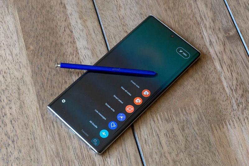 Màn hình tràn viền vuông vức - Samsung Galaxy Note 20 Plus