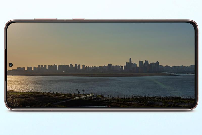 Samsung Galaxy S21 5G | Màn hình kích thước 6.2 inch độ phân giải Full HD+ có tần số quét 120 Hz