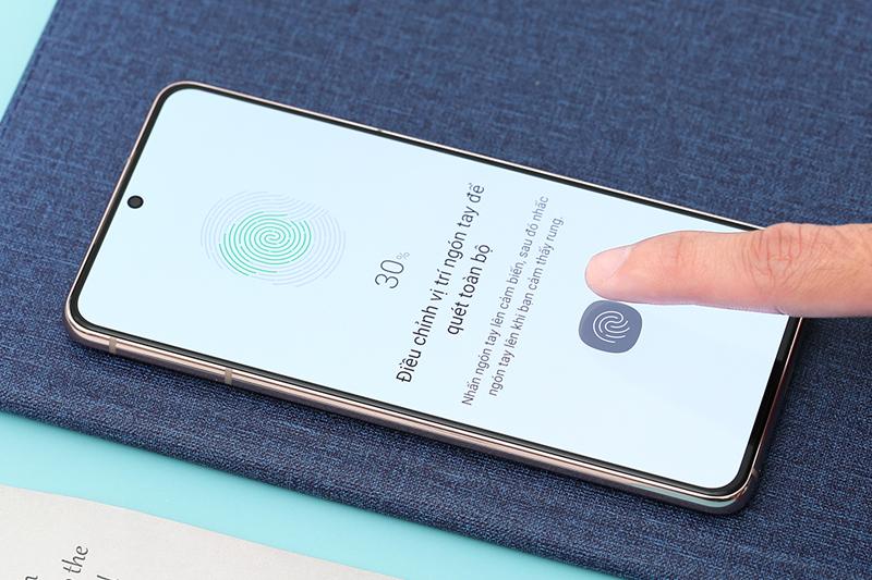 Samsung Galaxy S21 5G | Trang bị mở khóa vân tay siêu âm đặt dưới màn hình