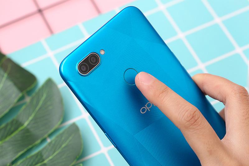 Điện thoại OPPO A12 | Cảm biến vân tay