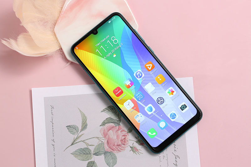 Màn hình tràn viền - Điện thoại Huawei Y6P