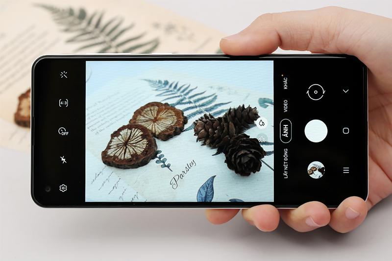 Cụm camera sau ấn tượng với các tính năng tiện dụng - Galaxy A21s 3GB/32GB