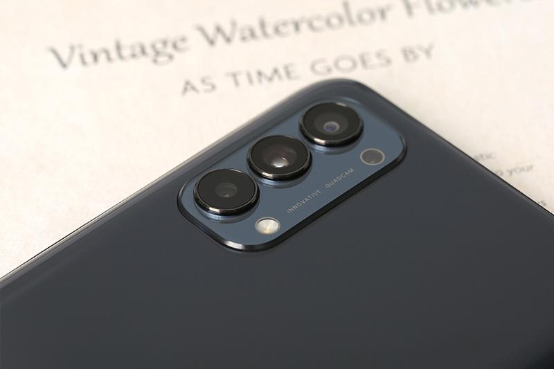 Bộ ba camera chụp hình sắc nét -  Oppo Reno 4