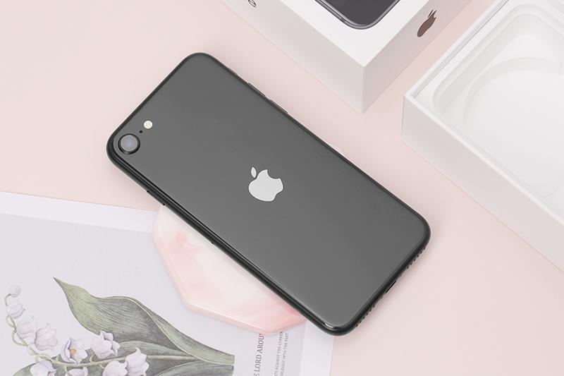 Điện thoại Apple iPhone SE 2020 | Thiết kế nhỏ gọn đi ngược xu hướng