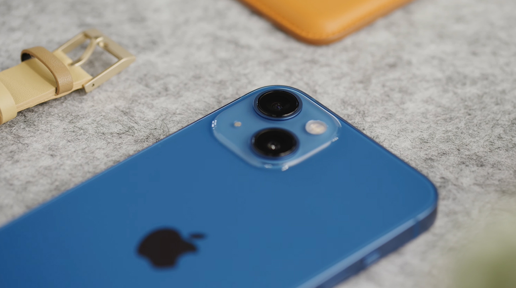 Khả năng kháng nước, bụi - iPhone 13 128GB
