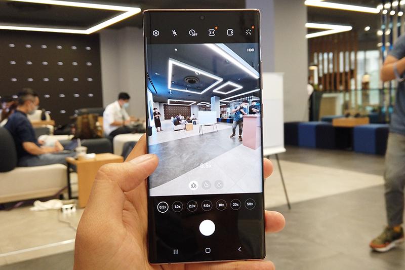 Hình chụp từ camera thường trên điện thoại Samsung Galaxy Note 20 Ultra 5G