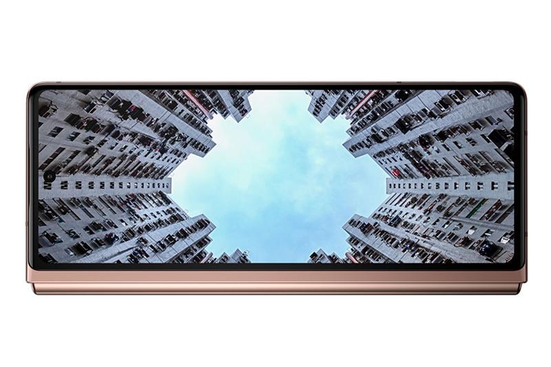 Samsung Galaxy Z Fold 2 | Màn hình phụ với thiết kế tràn viền Infinity-O