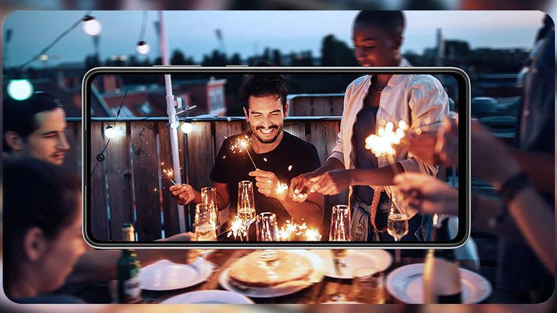 Samsung Galaxy A72 | Hỗ trợ chống rung, chụp ảnh, quay phim trong điều kiện thiếu sáng tốt