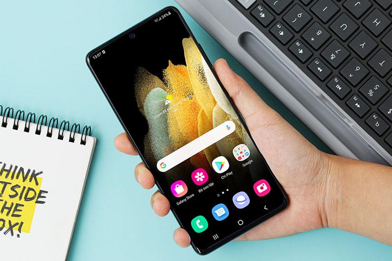 Màn hình kích thước lớn lên đến 6.8 inch | Samsung Galaxy S21 Ultra 5G