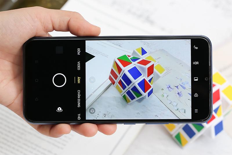 Điện thoại Realme C12 | Chụp ảnh bằng camera thường