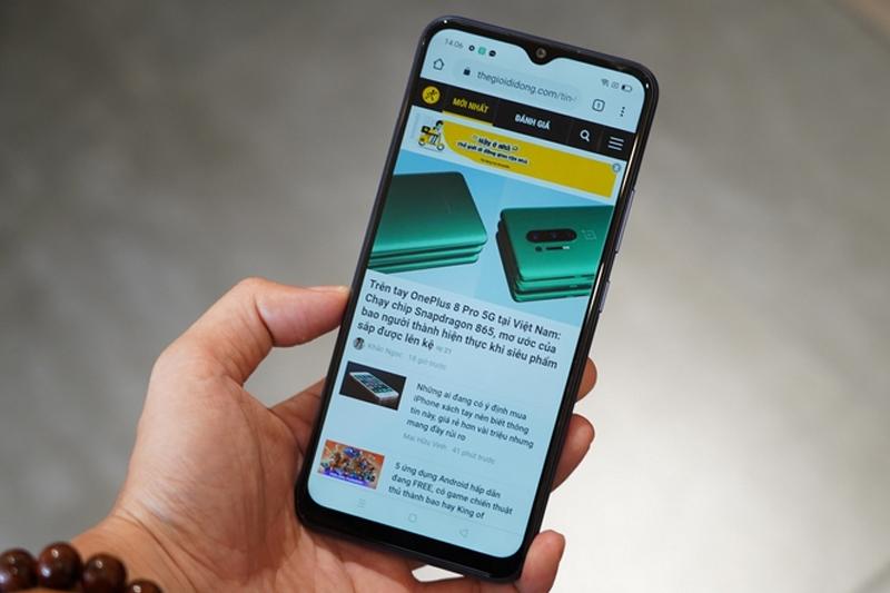 Điện thoại Realme C12 | Pin 6000 mAh thời lượng sử dụng lên đến hơn 1 ngày