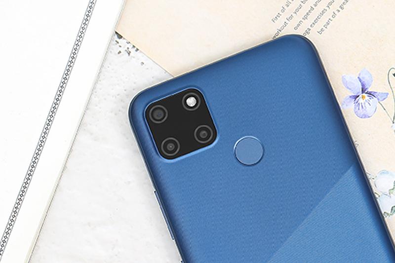 Điện thoại Realme C12 | Cụm 3 camera sau với thiết kế hình vuông