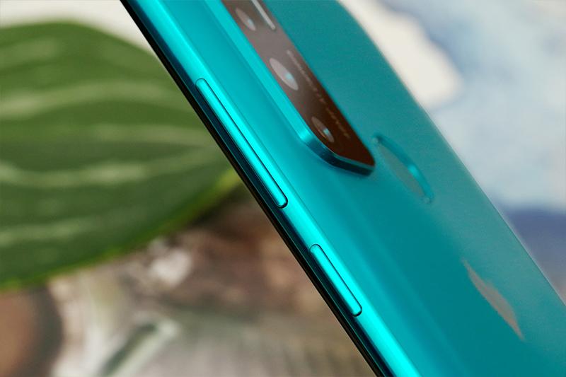 Vsmart Live 4 6GB | Chip Snapdragon 675 8 nhân chiến mọi tựa game