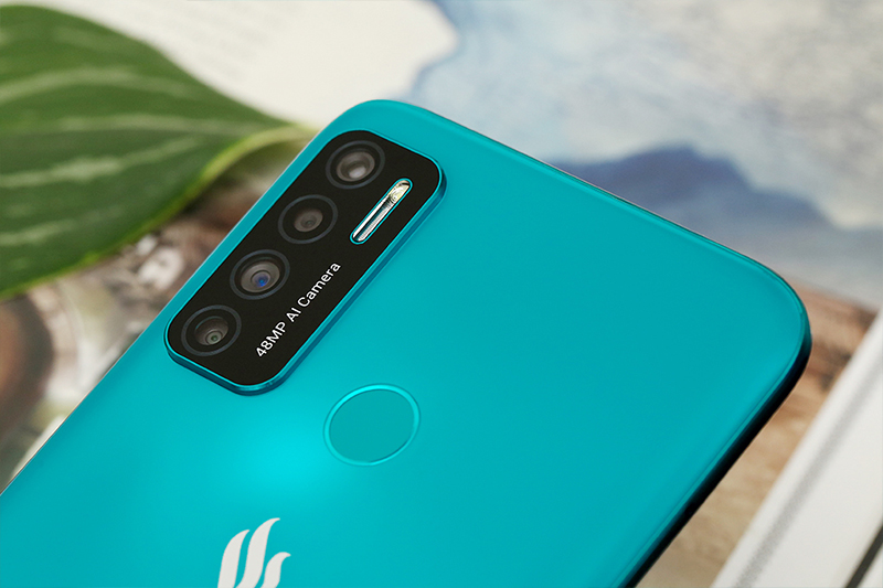 Vsmart Live 4 6GB | Camera selfie 13 MP đầy đủ tính năng chụp AI làm đẹp