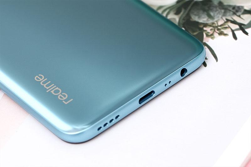 Realme C17 | Pin chuẩn Li-po 5000 mAh có thêm hỗ trợ Type - C sạc nhanh