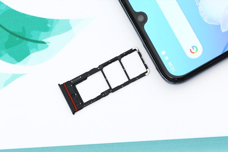 Hỗ trợ thẻ nhớ ngoài tối đa 1 TB | Vivo V20 SE