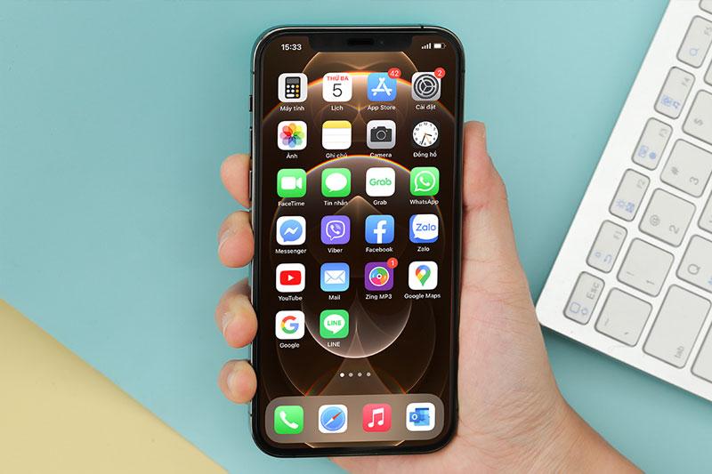 Màn hình trên iPhone 12 Pro có độ cứng gấp 4 lần so với màn hình đời trước  | iPhone 12 Pro