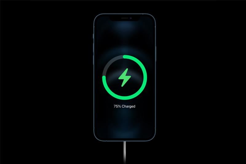 Hỗ trợ sạc nhanh 20 W | iPhone 12 Pro Max
