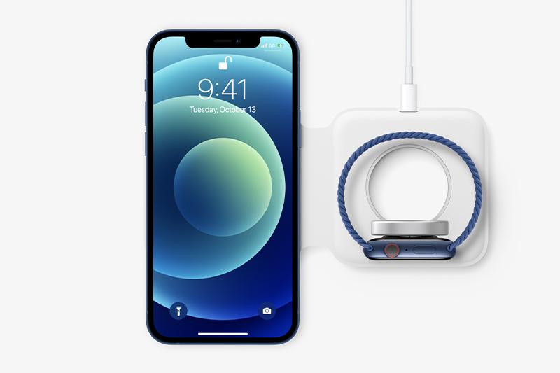 Sạc không dây MagSafe tiện lợi | iPhone 12 Pro Max