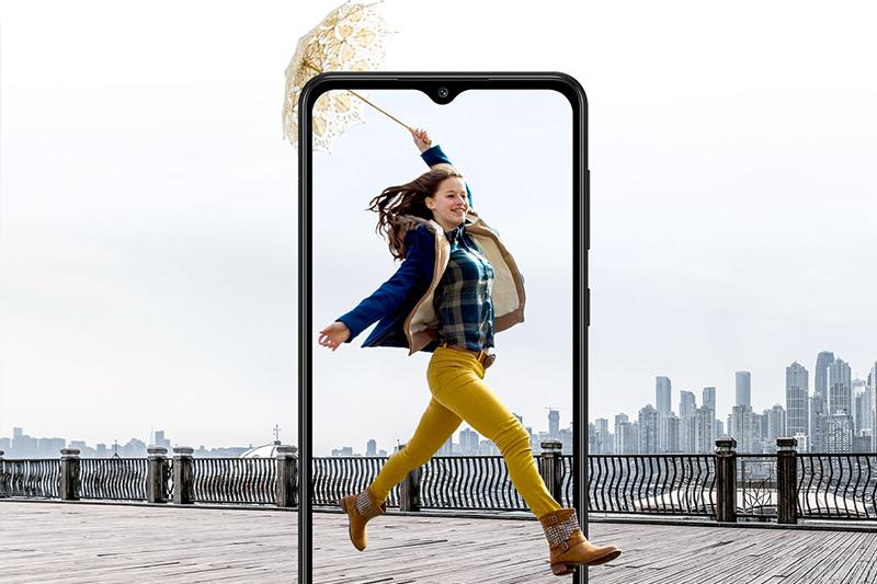 Samsung Galaxy A02 | Màn hình 6.5 inch siêu to viền mỏng