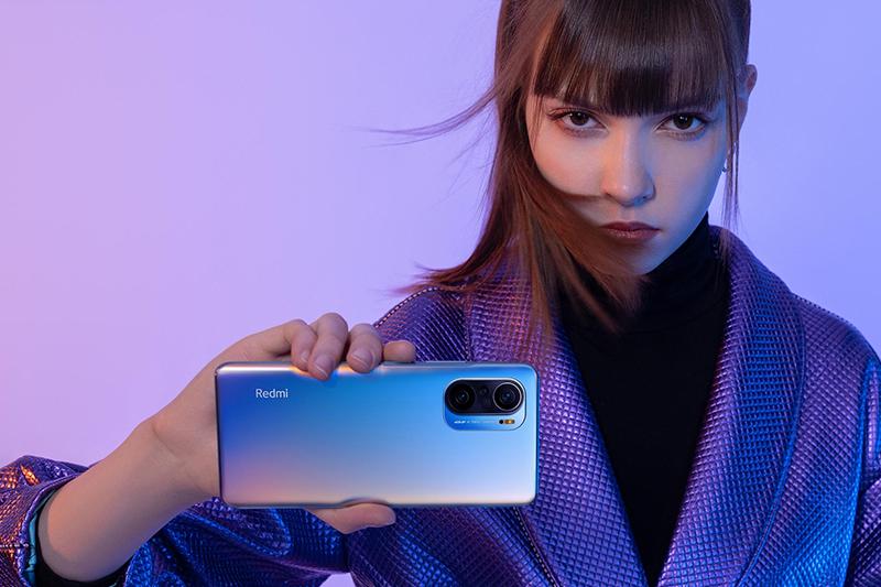 Xiaomi Redmi K40 | Trang bị cổng hồng ngoại thuận tiện để bạn điều khiển tivi, máy lạnh