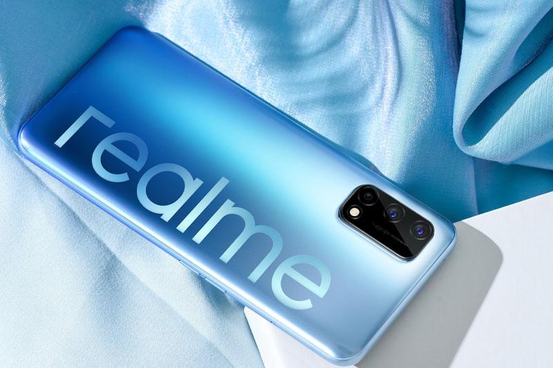 Điện thoại Realme Q2 | Thiết kế mặt lưng ấn tượng
