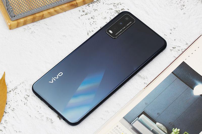 Điện thoại Vivo Y12s (4GB/128GB) | Thiết kế mặt lưng